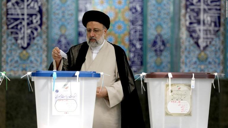 イランで大統領選の投票実施、保守派ライシ師の勝利ほぼ確実