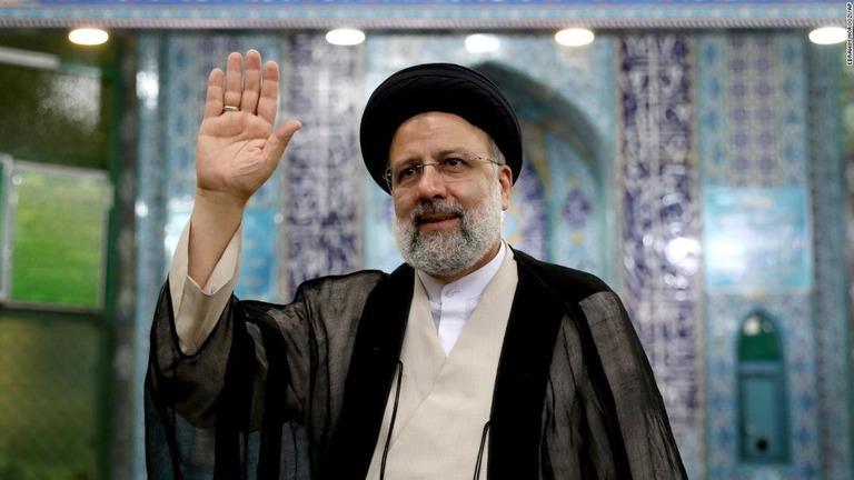イラン大統領選、保守強硬派ライシ師の当選確実