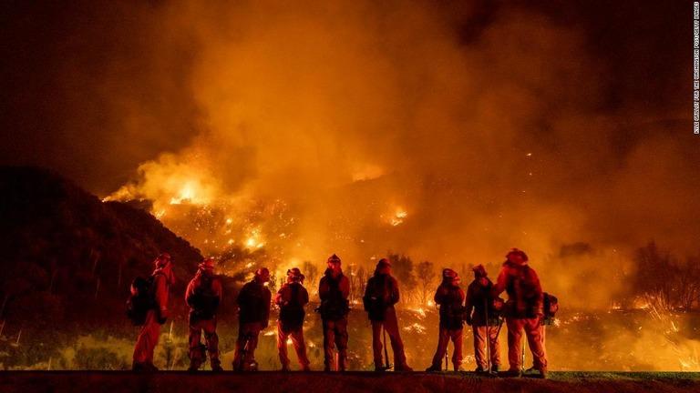 昨年の米加州での大規模山火事は子どもの性別発表に使われた装置が原因だと断定された/Kyle Grillot for The Washington Post/Getty Images