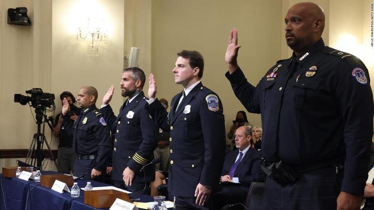 米議事堂襲撃、警官4人が生々しい証言 下院委で初の公聴会