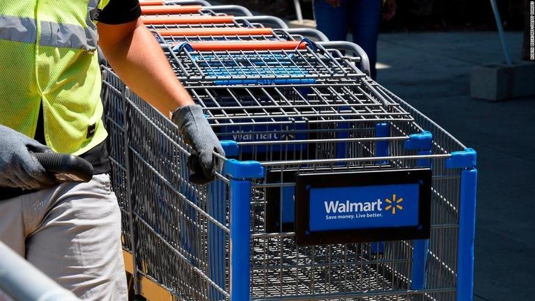 従業員の学費を全額負担、米ウォルマートが制度発表