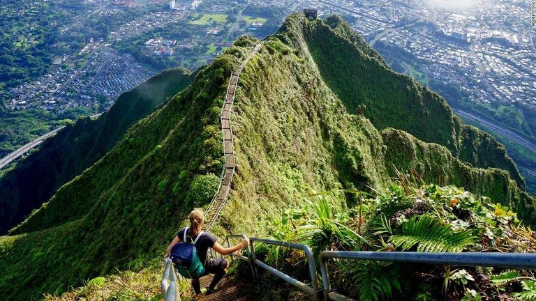 米ハワイの「天国への階段」、来年撤去か 不法侵入者が後を絶たず