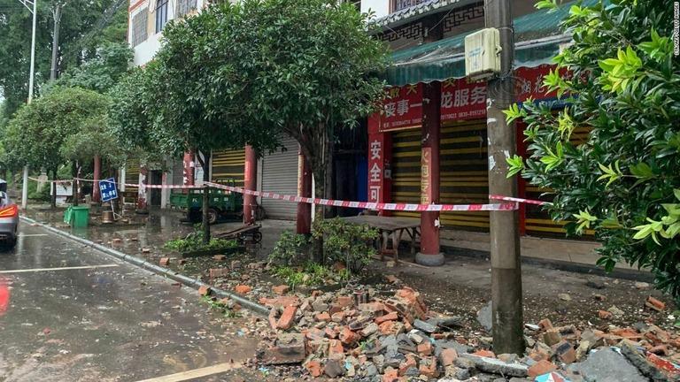 中国・四川省で地震 3人死亡、60人負傷 1221棟倒壊